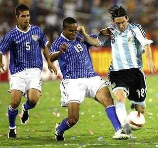 Argentina 4 USA 1 in 2007 in Maracaibo. Lionel Messi shoots for goal in Group C at Copa America.