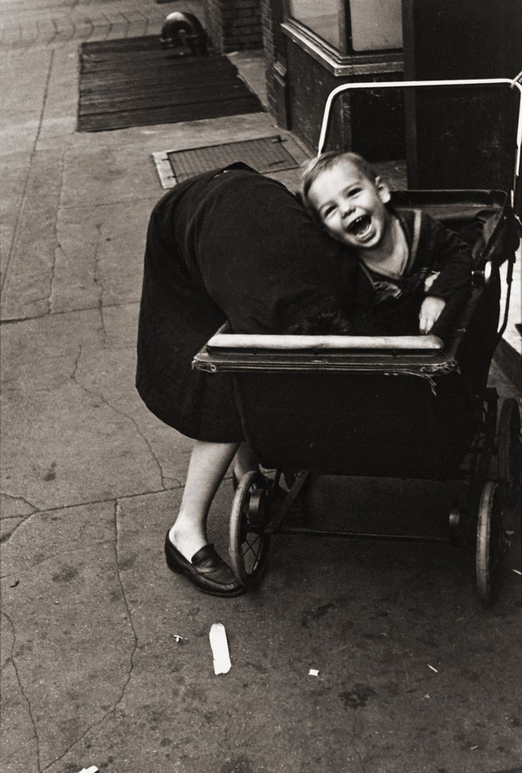 NY - Helen Levitt, 1942