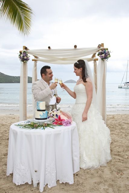 At Magens Bay With Weddings The Island Way And My Cake