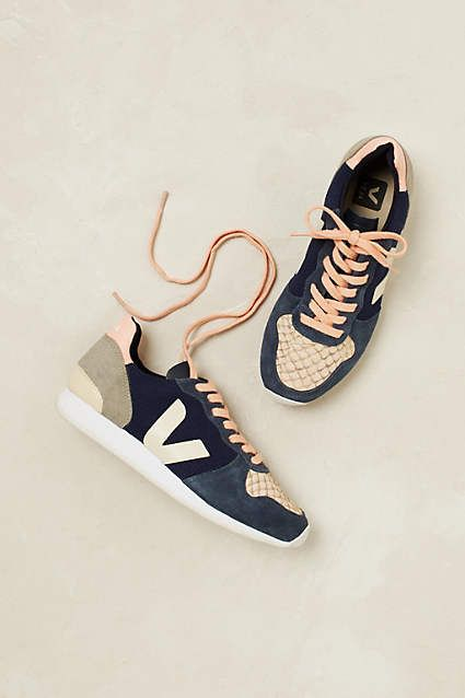 These sneakers are made for... everything! - Veja (green + fairtrade) #fashion #Juttu