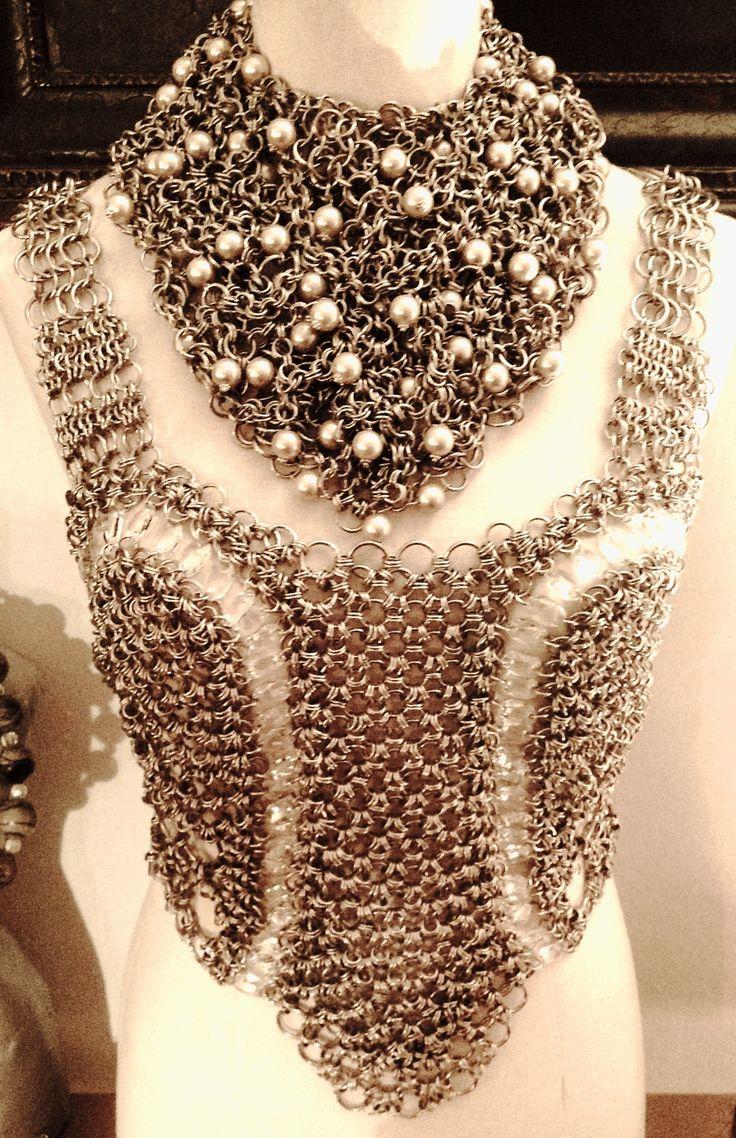 270 best maille not jewlerys images on pinterest jewelry beads pechera en chainmail de alpaca y cristales swarovski bankloansurffo Image collections