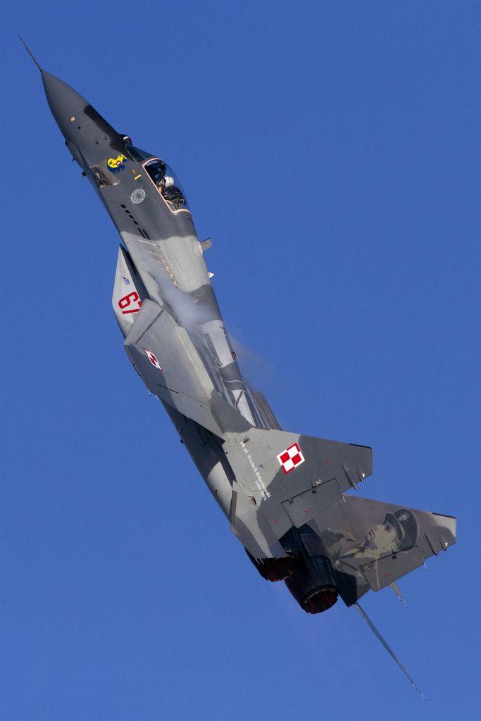 Red67_MiG29AFulcrum_PolishAF_EBBL