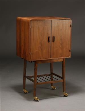 Vare: 4185803Dansk møbelproducent, skab / tv møbel, palisander 1960'erne