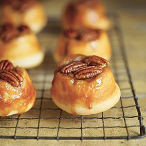 Pecan Sticky Buns | MyRecipes.comMake Ahead Breakfast, Pecans Sticky Buns, Sweets, Buns Recipe, Minis Pecans, Breakfast Recipe, Food Recipe, Crescents Rolls, Breads Dough