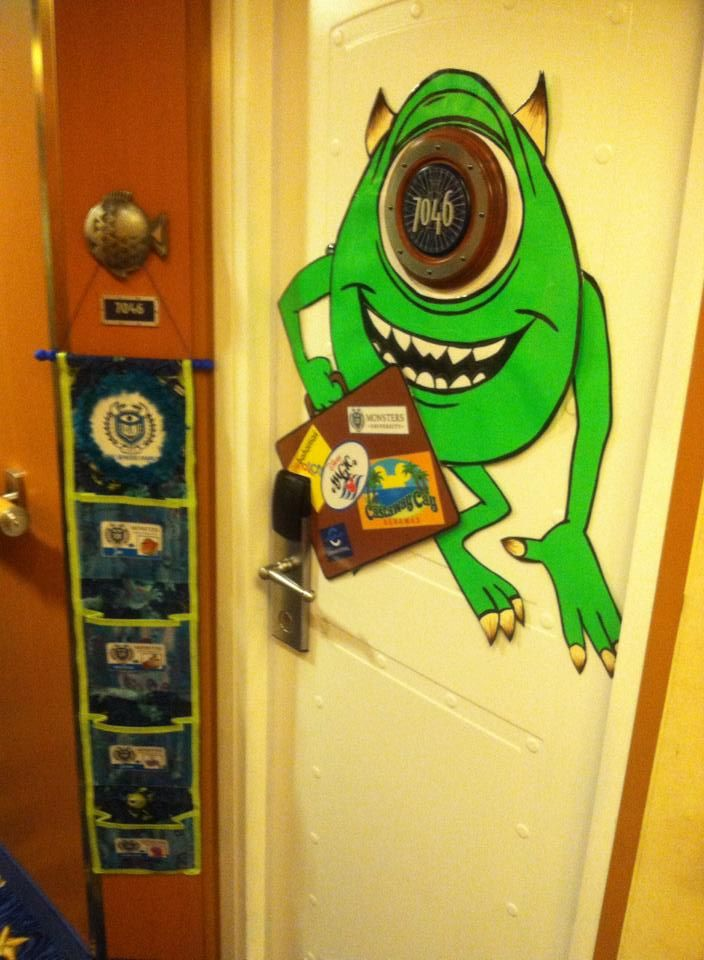 adorable disney cruise door decoration
