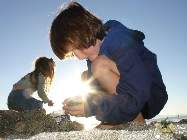Five Ways to Transcend the School Mindset | Laura Grace Weldon
