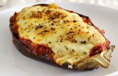 No Instagram a Elisa, a MasterChef, ensina uma receitinha de beringela ao forno. Deu super certo! Então vou compartilhar aqui pra acabar com o mistério!