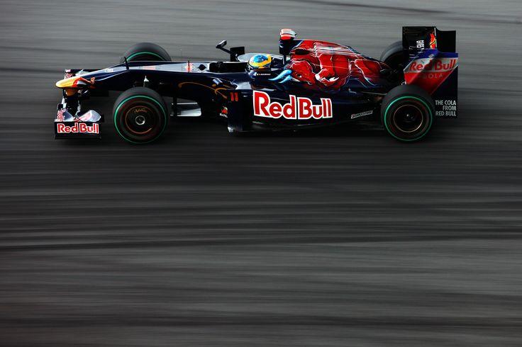 Sébastien Bourdais - Toro Rosso STR4 - 2009 - Malaysian GP (Sepang) [3500x2333]