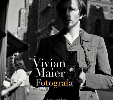 C'era una volta una tata di nome Vivian Maier.Protagonista di una storia strana. Aspetto schivo, capelli corti, abiti maschili e un accento franc