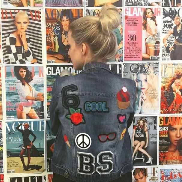 Nossa repórter Beatrice Stopa usa jaqueta com patches da A Vida É Bela (Foto: Reprodução/ Instagram)