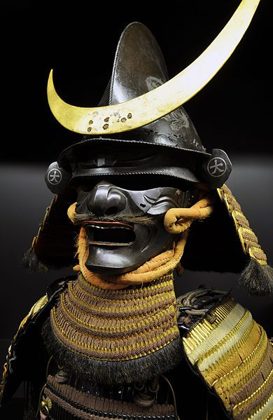 Helmet and half-face mask (menpo)