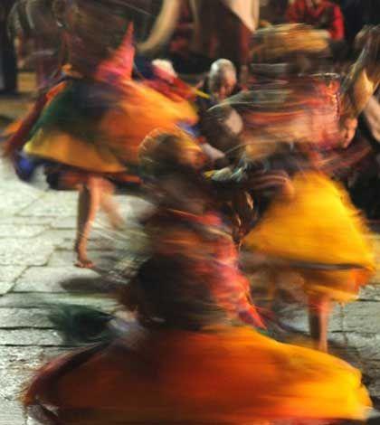 Cham, le danze rituali del Tibet in mostra a Venezia - Fermata Spettacolo
