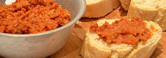 Lekkere recepten voor borrelhapjes. | Page 4 (tapenade van tomaat)