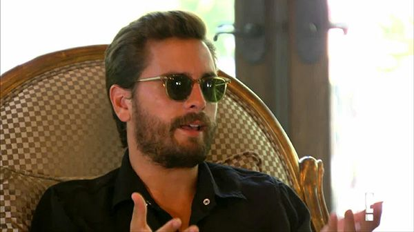 We got a devastating look into Scott Disick and Kourtney Kardashian's break up during the Oct. 11 episode of 'KUWTK' and we were shocked when Kourtney revealed Scott texted their 5-year-old son while on a binder in France. This is just SO wrong!