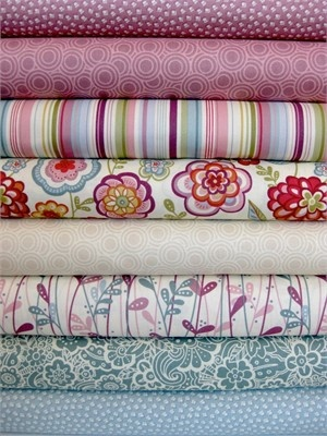 Makower, Deco Flowers, Dawn in FAT QUARTERS, 8 Total