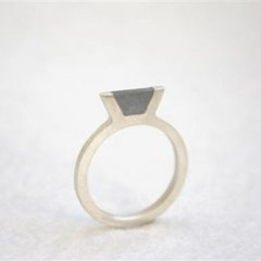 Concrete ring: I love industrial materials used in unexpected ways--check out this super thin concrete ring!