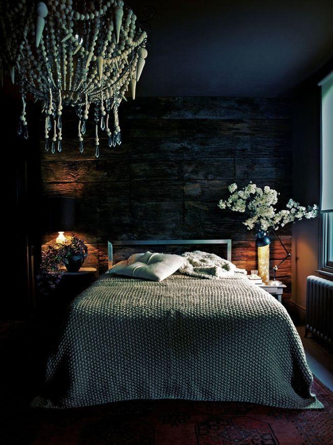 Piękna Eteryczna Sypialnia W Kolorze Granatowym Granatowa