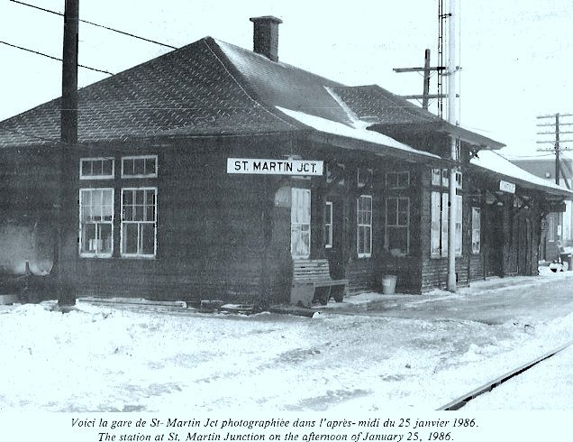 SAINT-MARTIN JCT, Québec - QMOR Québec Montréal Ottawa & Occidental RR staion - Canadian Rail