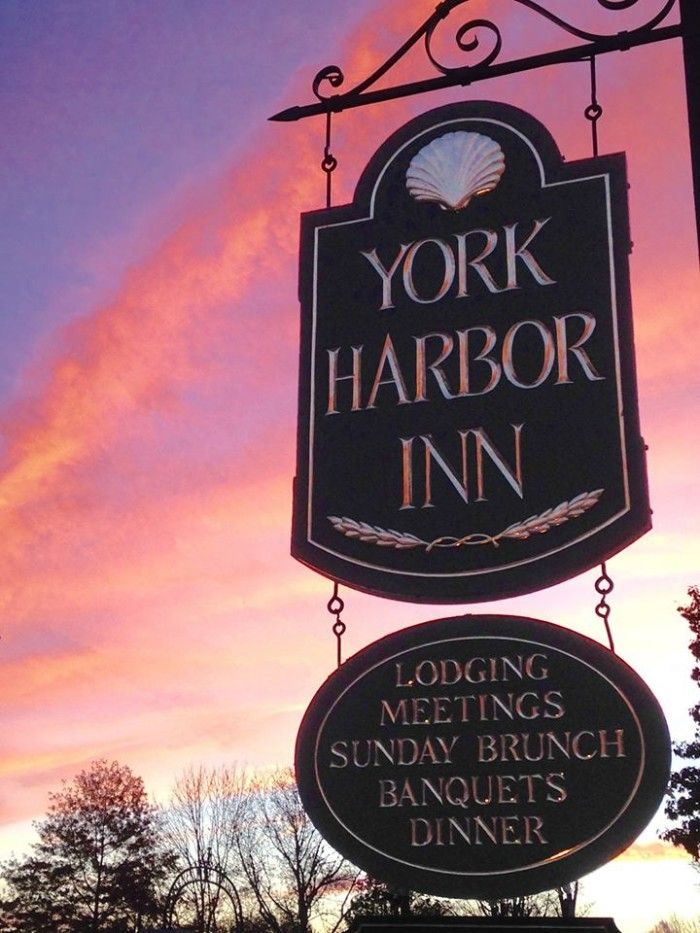 The Ten Most Highly Rated Maine Restaurants ~ 1637 at York Harbor Inn, York Harbor