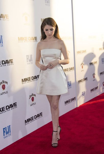 "Anna Kendrick Photos Photos - Actress Anna Kendrick attends the Twentieth Century Fox premiere of ""Mike and Dave Need Wedding Dates""  in Hollywood, California, on June 29, 2016. / AFP / VALERIE MACON - Premiere Of 20th Century Fox's 'Mike And Dave Need Wedding Dates' - Red Carpet"