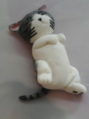 Figurine chat gateau