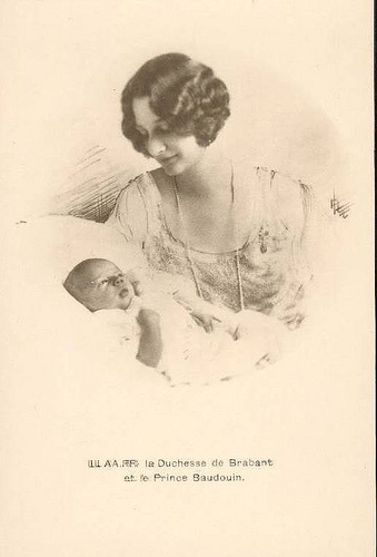 Queen Astrid (then Duchess of Brabant), with her son Baudoin (later King of Belgium)