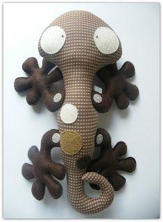 Toy Gecko Pattern