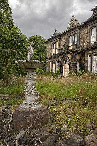Belle maison abandonnée.