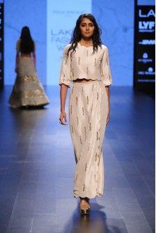 Payal Singhal Indian Wear Collection : SURAYA
