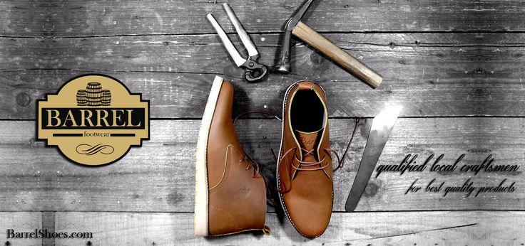 Toko sepatu online dengan berbagai pilihan sepatu Boots dan Casual handmade di dukung oleh kualitas pengerjaan serta bahan kulit terbaik untuk kenyamanan.