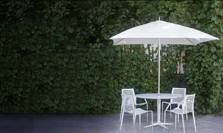 Chipman table & chairs plus tuuci parasol - gorgeous!