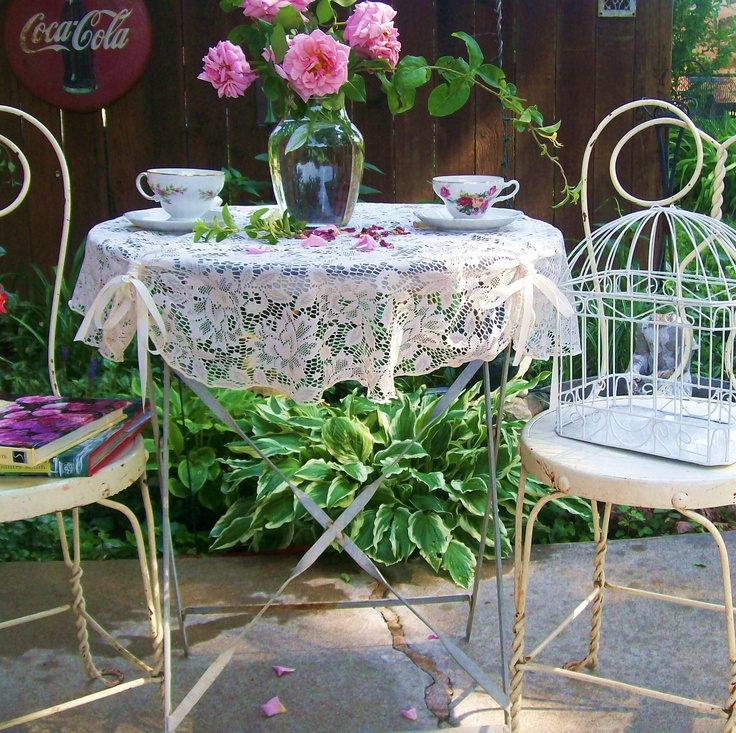 VIntage White Shabby Chic Bistro Cafe Set. Wrought Iron Patio Set. Antique  Ice Cream
