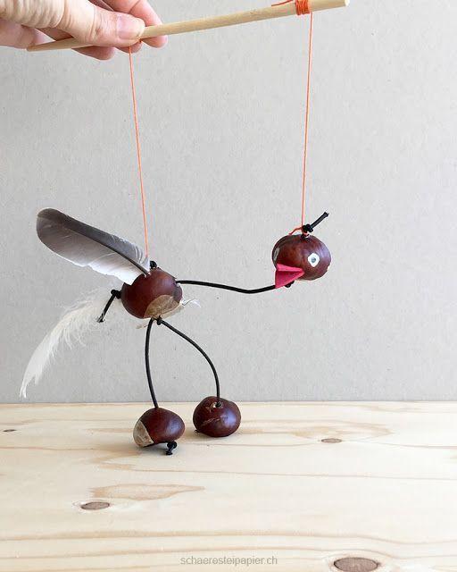 Una marioneta de pájaro hecha de castañas de indias – artesanías en otoño   – DIY-kids