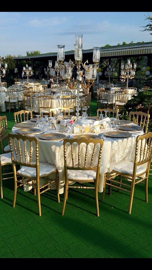 Düğün ve davet organizasyonu ekipmanları. Napolyon sandalye kiralama, düğün sandalyesi kiralama, şamdan kiralama, Supla kiralama, masa kiralama #ekipmankiralama #napolyonsandalyekiralama