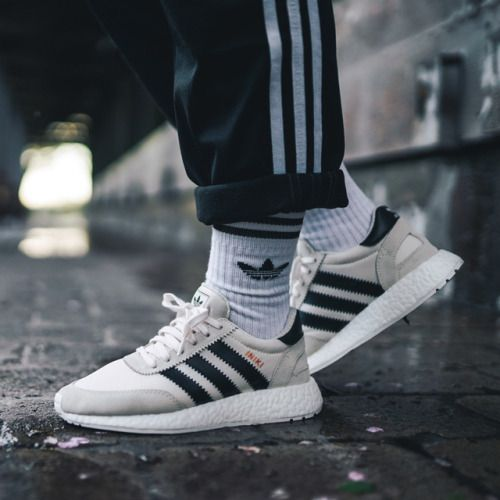 the 25 best adidas iniki ideas on pinterest sneakers fashion adiddas shoes and adidas nmd. Black Bedroom Furniture Sets. Home Design Ideas