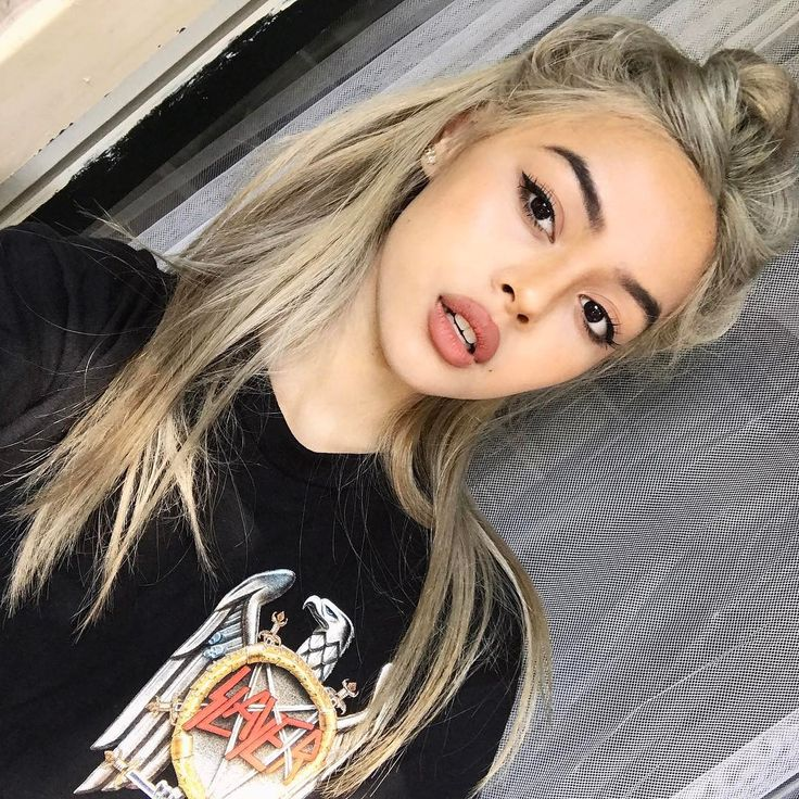 2.6m Followers, 396 Following, 671 Posts - See Instagram photos and videos from @lilymaymac