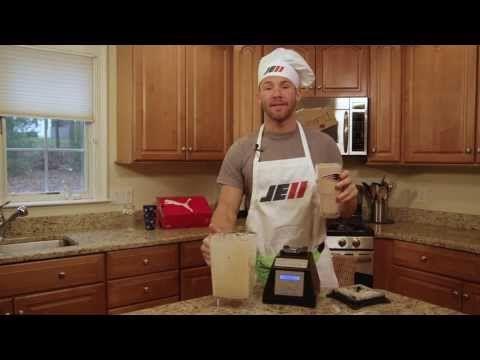 New England Patriots' Julian Edelman's Cake Batter Supreme Smoothie!