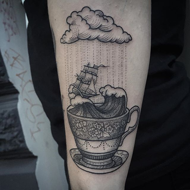 Love this storm in a teacup #tattoo #tempest by Susanne König @suflanda   tatuajes | Spanish tatuajes  |tatuajes para mujeres | tatuajes para hombres  | diseños de tatuajes http://amzn.to/28PQlav