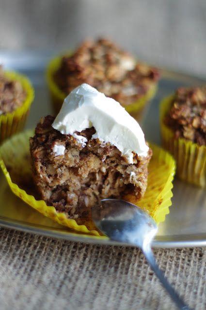 Glutenfrie banan -og havremuffins uten melk, egg og sukker.  http://utenglutenblogg.blogspot.no/2012/10/glutenfrie-banan-og-havremuffins-uten.html