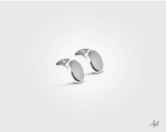 Silver Cufflinks, Classic Oval Cufflinks, customizable for example with your initials engraving, Solid 925 Silver  €129,00 EUR