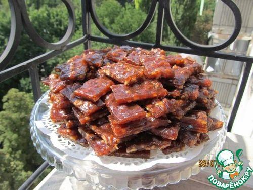 Абрикосовая пастила с грецким орехом - кулинарный рецепт