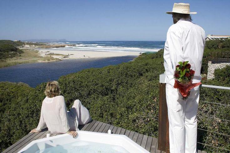 KENNEDYS BEACH VILLA - Hermanus, South Africa