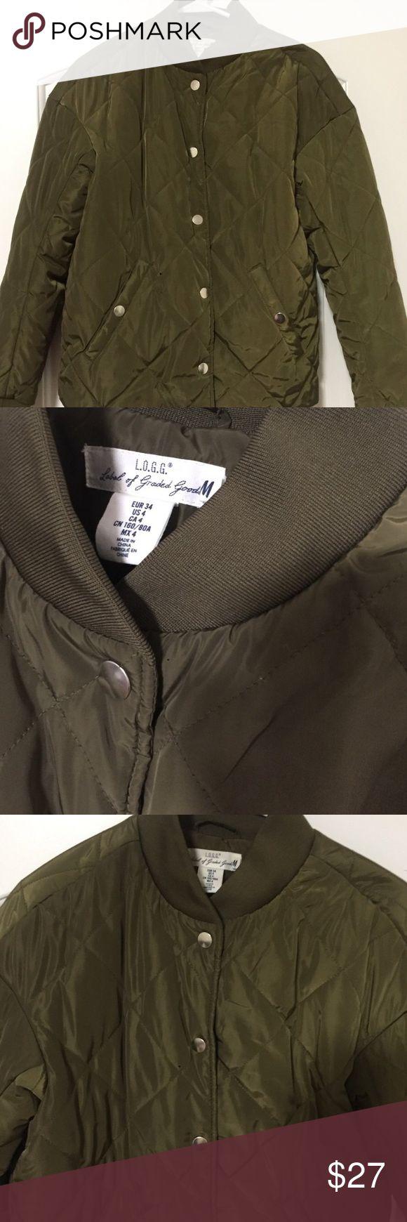 H&M green bomber jacket Army green bomber jacket H&M Jackets & Coats Utility Jackets