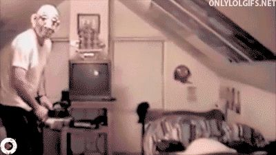 17 GIFs of Terrified Children for Your Adult Amusement from GifGuide