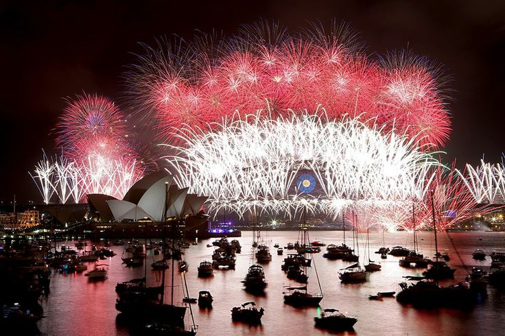 Welcoming year 2014 in Sydney.  yle.fi/  Epa/Nikki Short
