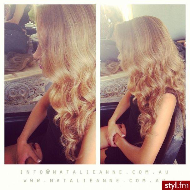 Fryzury wieczorowe włosy: Fryzury Długie Wieczorowe Kręcone Rozpuszczone Blond - ombre - 2617928