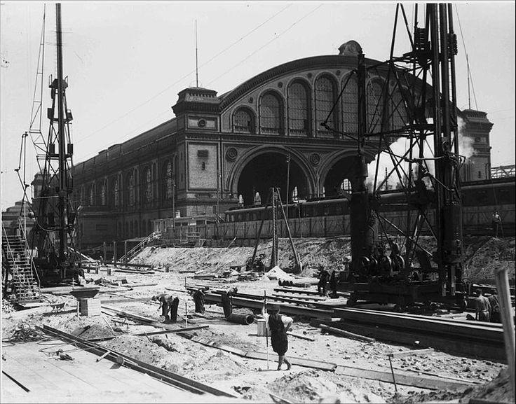 1935 Ausschachtung des Nord-Sued-Tunnels am Anhalterbahnhof in Berlin