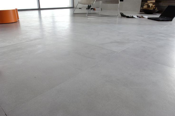 Grijze 60x60 tegel met betonlook vegen (37) Tegelhuys