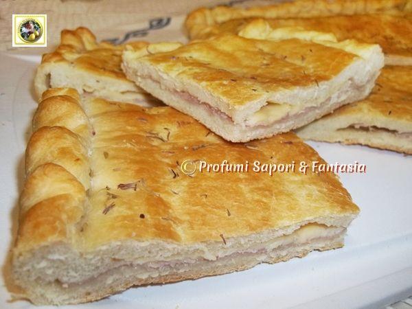 Focaccia ripiena prosciutto e formaggio  Blog Profumi Sapori & Fantasia
