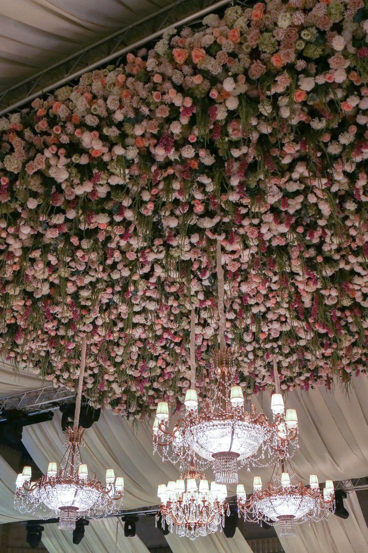 wild at heart cascading flower ceiling la vie en rose pinterest heart ceilings and. Black Bedroom Furniture Sets. Home Design Ideas
